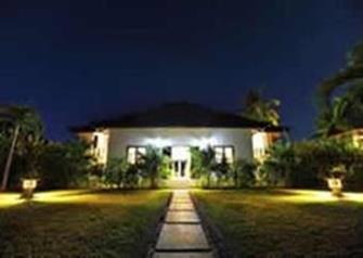 Villa Pandu 's avonds